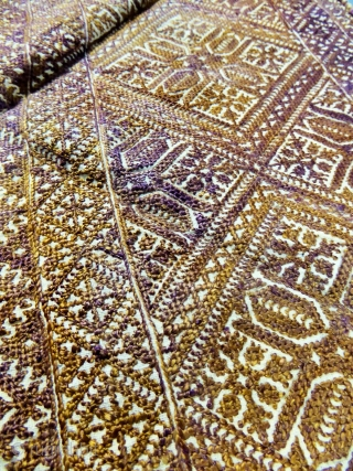 Fès and Rabat embroideries... 12 pieces for cushions or decoration. Morocco 19e. very rare colors and thin embroideries. Measures of the more longer 51 cm X 54 cm, 70 cm x 48  ...