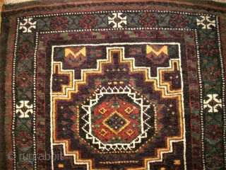 Very nice baluch bagfront. Size: 48 x 101 cm. Top condition. Perfect wool and very nice ornamentic.