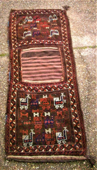 antique crazy bird baluch khordjin. Size: 62 x 163 cm. Perfect condition. Complete. Very rare.