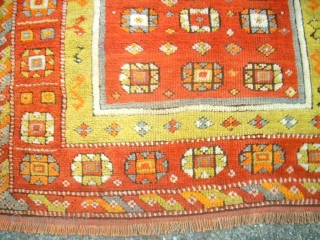 old and nice anatolian prayer rug. Size: 106 x 134 cm. Good condition.