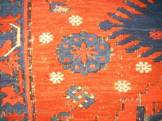 Antique caucasian Sumakh. Size: 148 x 180 cm. Used condition. Holes. Thin pile.