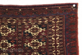 antique tekke mafrash complete with original back. From a recently acquired local New England collection of older tribal pieces. Fine weave and all natural colors featuring a nice deep red and electric  ...