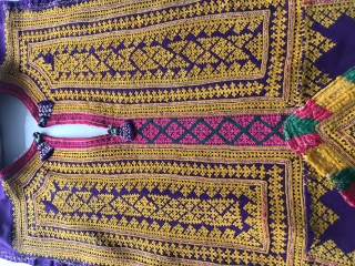 Superbly embroidered Sindh Tunic Fragment. Embroidery panels may be used as wall art. Estimated to be from the mid 1950s-1970s by an old hand.