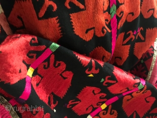 SOLD Outstanding Men's Wedding Phulkari from the Swat Valley, Hazara district, Haripur area. This is the same region that is known for the double-sided embroidery turbans. Pomegranate flower motifs, See more here:  ...
