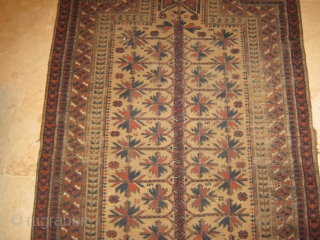antique baluch prayer rug, low pile, 250$ ship free