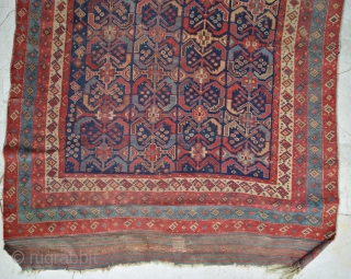 Main antique south persian village/tribal rug (296 x 140 cm). As found condition, very dusty. Needs a bath to shine again. Big kilim skirts at both ends, extremely nice serie of 4  ...