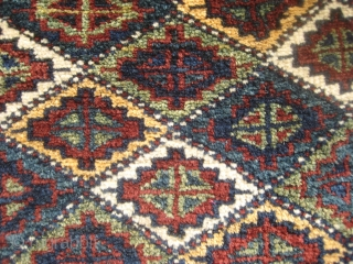 Kurdish bagface(74cmX55cm /2,4'X1,8') with magnificent wool and dyes, high pile. 
