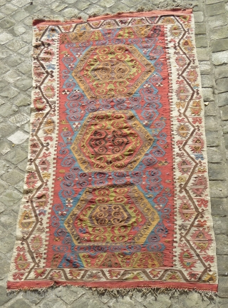 Central anatolian kilim (155 X 347cm).