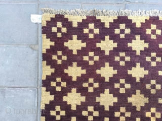 #2073 Tibet rug. Very nice colour rug. Full of small cross flowers pattern. Good age and quality. A complete one not cutting rug. 