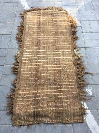 Tibetan rug, very rare yak long hair rug, about 18-20 cm, good condition. Size 195*88cm