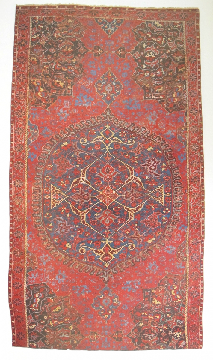 Ushak Medallion Carpet