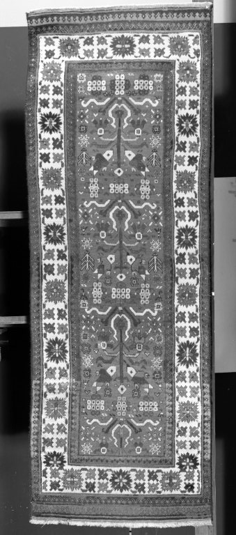Harshang carpet