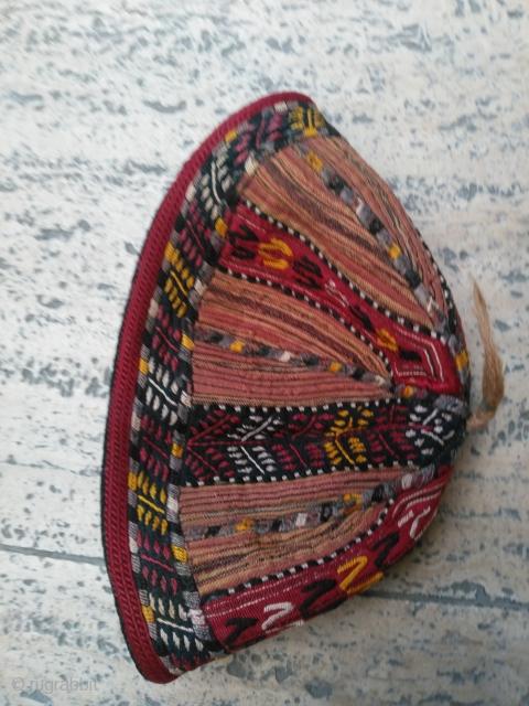 Turkmen baby hat Silk embroidery good condition