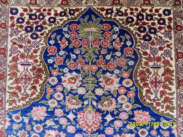 Anatolian Silk Carpet size: 92x68 cm.