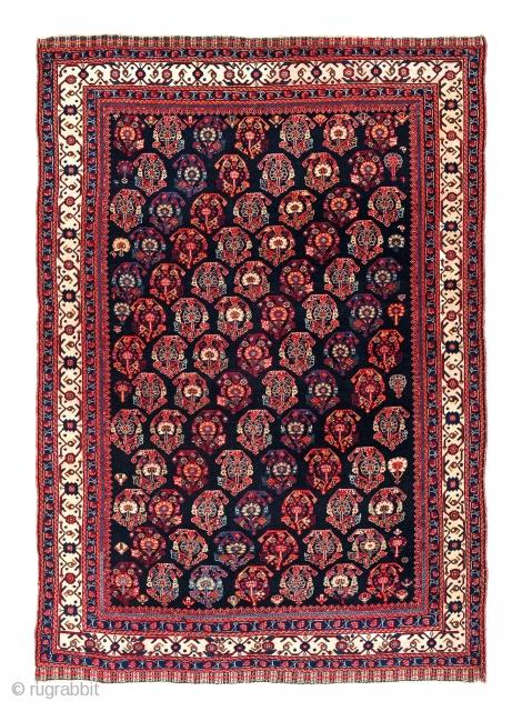 Qashqai, Persia, ca. 1880, 6ft. x 4ft., Starting bid € 800, Auction May 18th at 4pm, https://www.liveauctioneers.com/item/71360015_qashqai