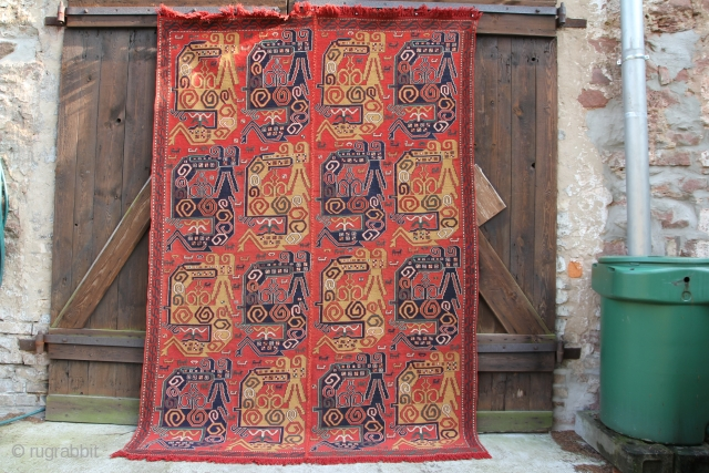 Dragoon Sumak Azerbaidschan 20th century, wool on wool, narural Colours, excellent condition, size: 2,57 x 1,80 m