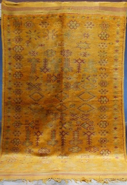 Rf 120-Anti-atlas Berber rug ( Ait douchen-Ait Ouaouzguite ), wool, 243 x 150 cm, circa 1950-55.