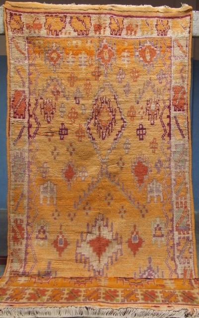 Rf 125-Anti-atlas Berber rug ( Ait Ouaouzguite-Ait Oubiel ), wool,  natural colour, 333 x 127 cm, circa 1930-35s.