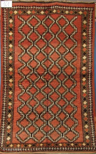 Rf 161- Ait Ouaouzguite Berber rug ( Ait Znaga south ), wool, 196 x 122 cm, circa 1970-75.