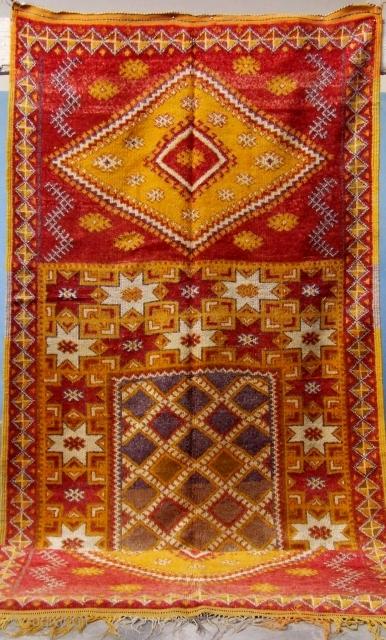 Rf 69-Ait Ouaouzguite Berber rug ( Ait Tamassine north ), wool,  natural colour, 316 x 137 cm, circa 1960s.