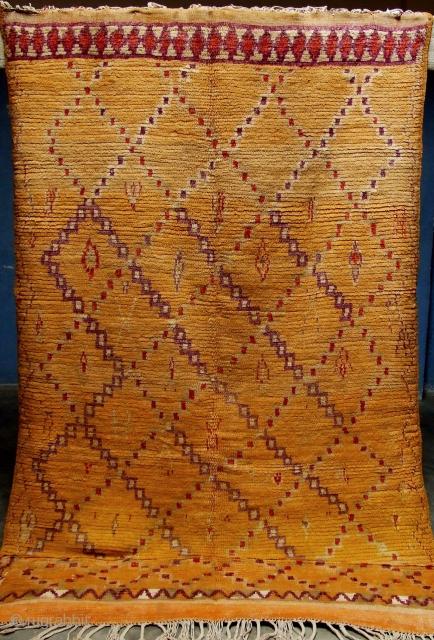 Rf 72- Berber rug, Ait Tamassine, wool, 307 x 142 cm, circa 1920s.