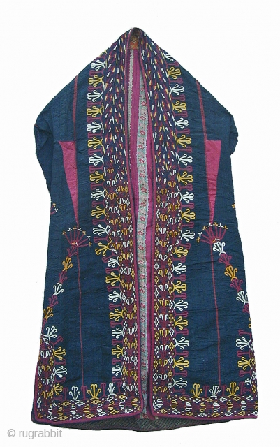Chyrpy, Coat for a women from the Turkmen Tekke Silk Embroidery on Cotton Early 20th centuy Perfect Condition About 115cm long Please inquiry for more information Thank you for visiting my website www.m-beste.com