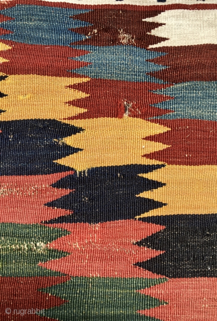Qashqai kilim fragment. Cm 43x75. At least end 19th c. Very very fine weaving. Super natural saturated colors. A real small jewel.