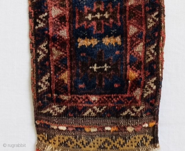 Baluch Pile Animal Trapping Smooth velvety wool 90x18cm, 3ftx7inch (including tassels)