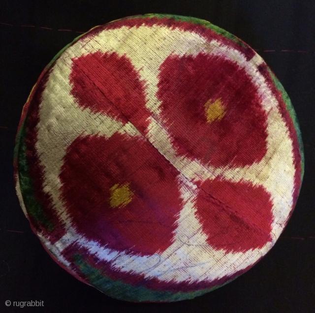 Uzbek ikat velvet hat