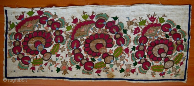 early 19th.century Ottoman Konya area embroidery.size 60 x 110 cm.silk on cotton.