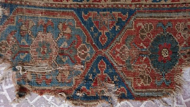 18thc Oushak rug frakment size=66x63