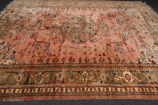Antique Oushak rug from Smyrna (Turkish city now named Izmir) from the beginning of the 20th century.