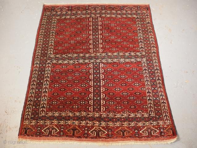 Yomut Turkmen ensi, late 19th century, 186 x 143cm. www.knightsantiques.co.uk