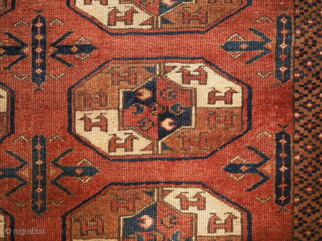 'C' gul centres, Antique Yomut Turkmen main carpet, Khiva Khanate, Central Asia. www.knightsantiques.co.uk