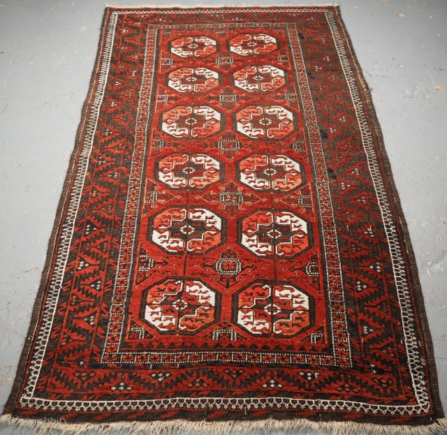 Antique Baluch rug, by the Mahdad Khani tribe of the Khorassan region of Eastern Persia. www.knightsantiques.co.uk  Size: 6ft 2in x 3ft 3in (188 x 99cm). Circa 1900.  A good Baluch rug with one of  ...