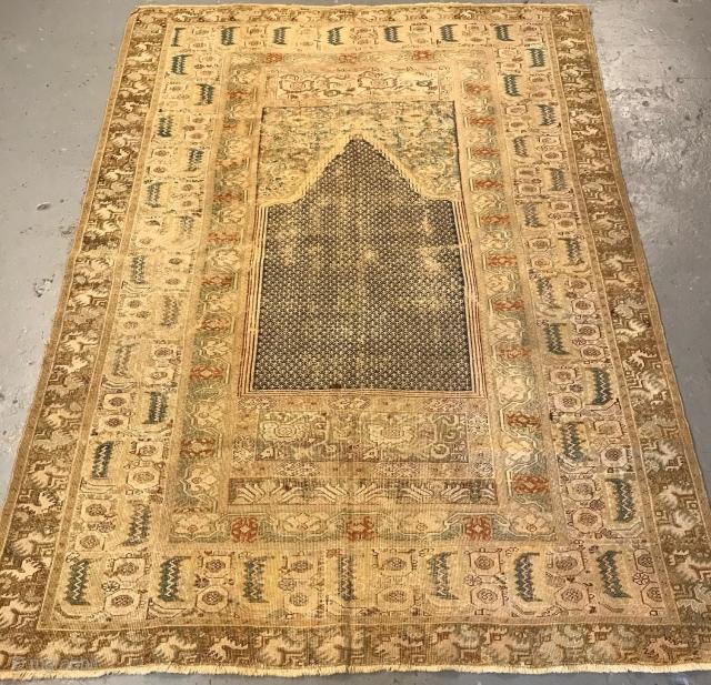 Ghiordes prayer rug, 18th century.