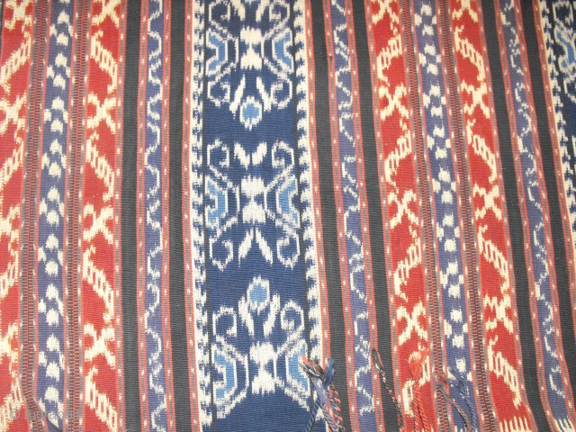 Indonesian Ikat. Natural Dye. Very old fragment. Mint condition Since 1930. Sizes: 113*225
