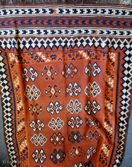 Antique Qashqai kilim, early 20th century, complete and in good condition. Please ask for additional photos if needed.