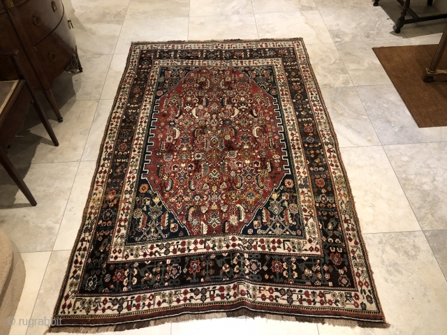 Cute qashqai kashkuli    235X146 cm perfect condition and nice  borders available in London .