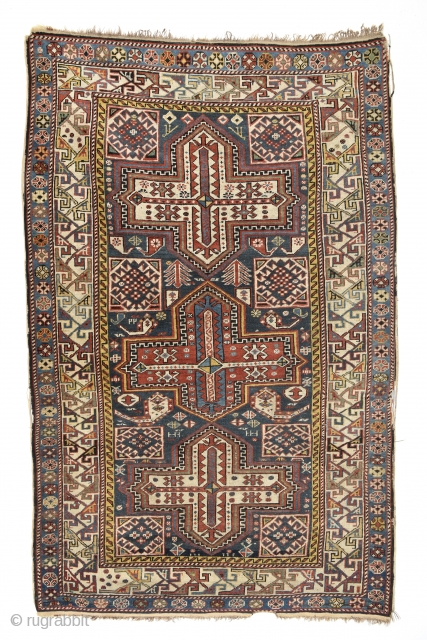 Caucasian Shirvan. Early 1900's. All natural colors, 170cm x 105cm/ 5′ 6.9291″ x 3′ 5.3504″