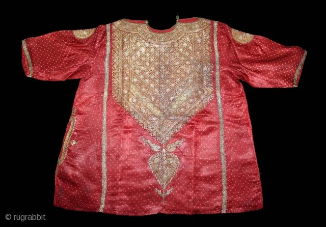 Abha Dress (Women's) From Kutch Gujarat India.C.1900.Real Zari Embroidery on the Gajji-Silk with Bandhani work Tie and Dye.(DSL03690).
