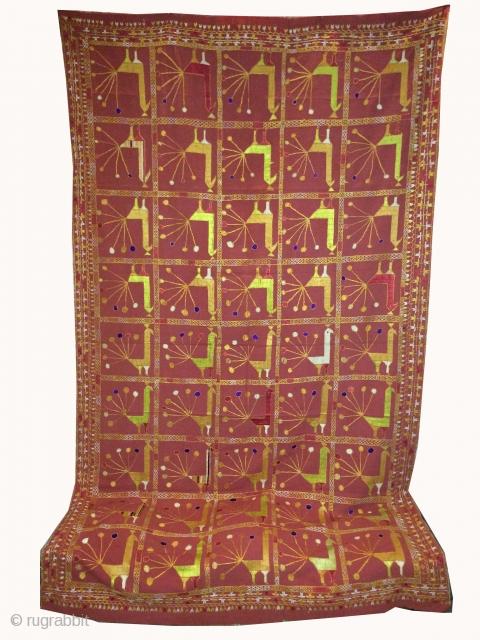 Vintage phulkari from East Indai punjab called as Peacock Design very rare kind of phulkari.Good condition (DSE00305)