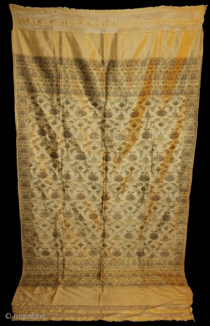 Old Real Zari Cream Dupatta From Banaras India. Dupatta in Cream by pure Silk Fabric.Made to order for some Royal Rajput Family.Perfect Condition.(DSC00590).