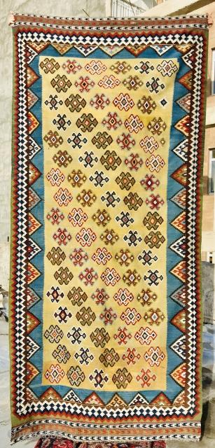 Qashqai Kilim 1870 circa in very good condition,size 282x150cm
