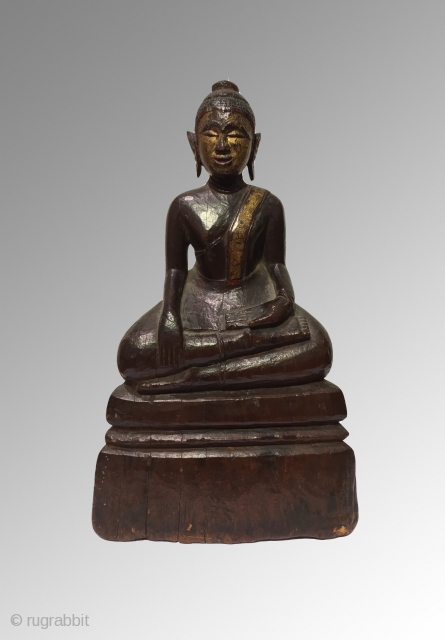 Thai Buddha Gilt over lacquered wood 21cm x 12 cm  19th century Great condition