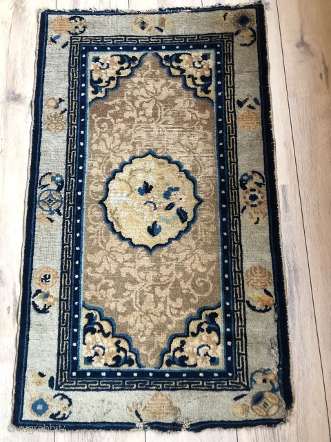 Chinese antique rug Ningxia, 18th century Size 4/ 2.3 inche 100/60cm To pick up from Los Angeles Sending also available Price: the best offer