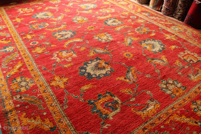 """Antique Oushak 11'10"""" x 16'1"""" / 361 x 490cm in great condition"""