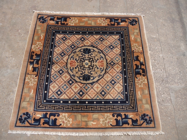 """Beautiful Chinese square rug with good color desigen,all original without any work done.Size 3'11""""×3'9"""".E.mail for more info and pics."""