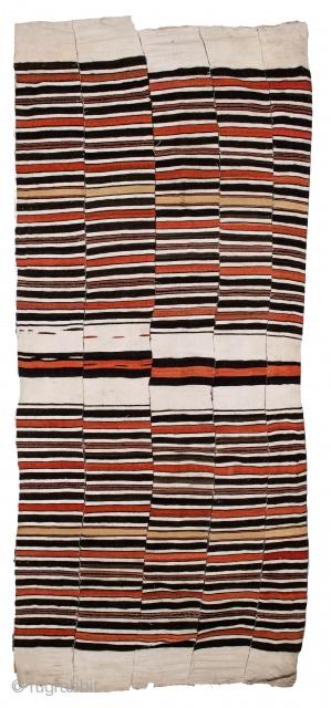 627 African fulani niger whites rust blackwool/cotton Size 8'6 x 3'10   https://www.etsy.com/uk/RugsAndTextiles/listing/691608586/vintage-west-african-fulani-blanket-size?utm_source=Copy&utm_medium=ListingManager&utm_campaign=Share&utm_term=so.lmsm&share_time=1560422977563