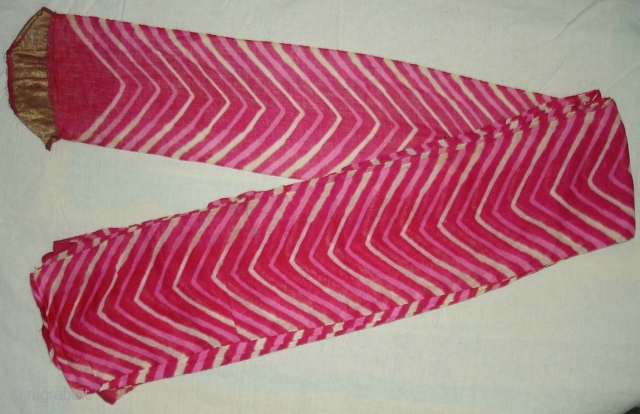 Lahariya Tie and Dye Turbans Probably From Shekhawati Dist Of  Rajasthan.India.Lahariya Design